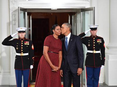 Este es el tipo de respuesta que obtendrás si se te ocurre invitar a los Obama a tu boda