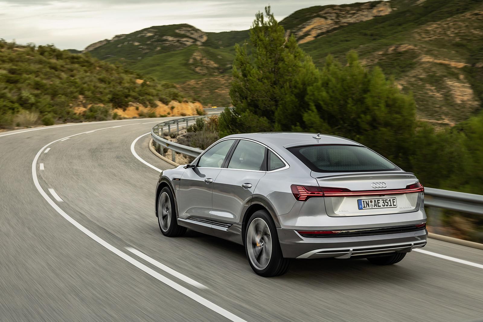 Foto de Audi e-tron Sportback (28/57)