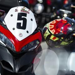 Foto 31 de 73 de la galería ducati-panigale-v4-25deg-anniversario-916 en Motorpasion Moto