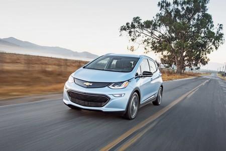 Chevrolet aumentará la producción del Bolt para cumplir con la demanda del público