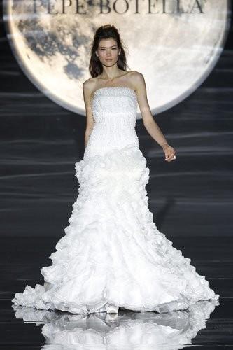 Vestidos para novias Pepe Botella 2011 en la Barcelona Bridal Week