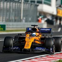 Carlos Sainz ya amenaza al miembro más débil de la nobleza de la Fórmula 1 tras otra exhibición en Hungría