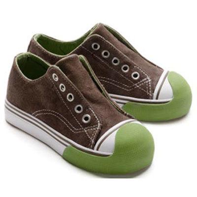 Zapatillas sin cordones para los más pequeños