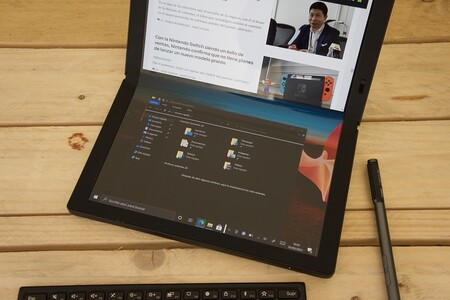 Lenovo Thinkpad X1 Fold Review Tablet Doblado