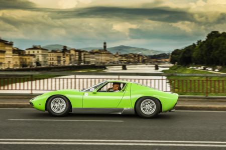 Lamborghini Miura Aniversario 9