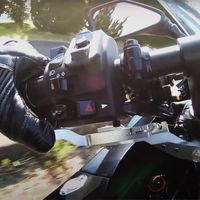 Novedades de la moto eléctrica Kawasaki EV Endeavor: tendrá marcha atrás y frenada regenerativa de pulgar