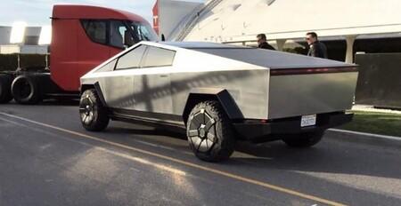 Tesla Cybertruck And Tesla Semi With Elon Musk For Jay Lenos Garage