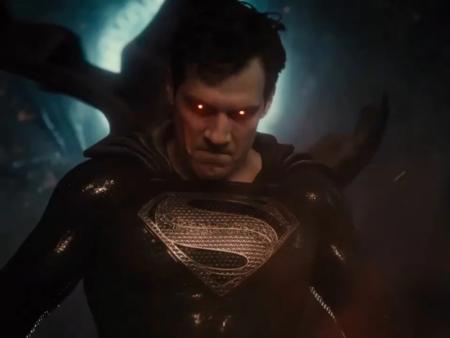 Superman Traje Negro