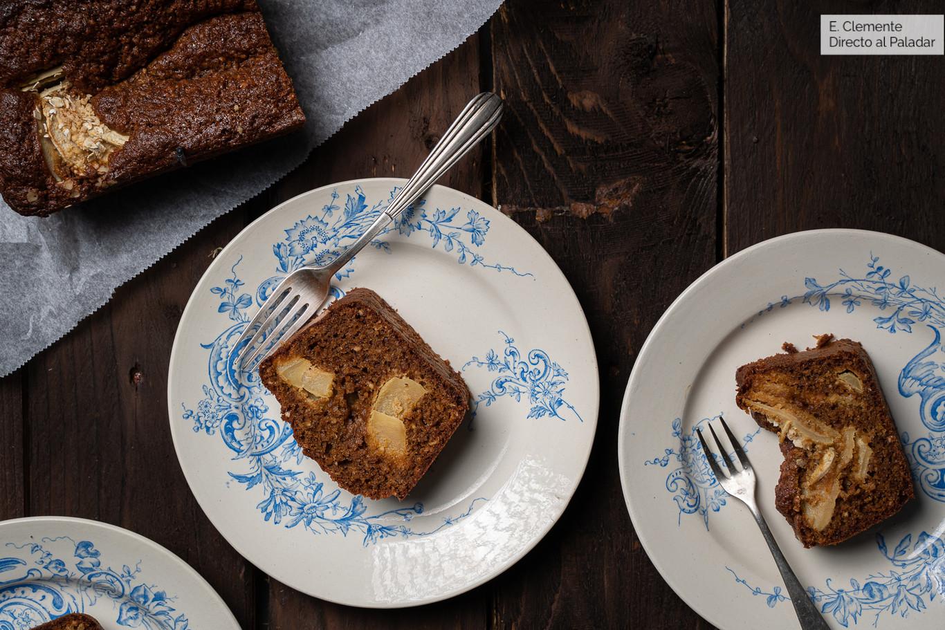 Bizcocho de avena, avellanas y manzana: la receta sin gluten preferida para un desayuno energético