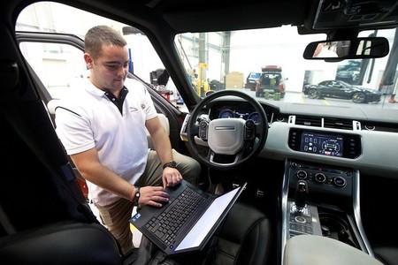 Range Rover Sport para cruzar el desierto árabe