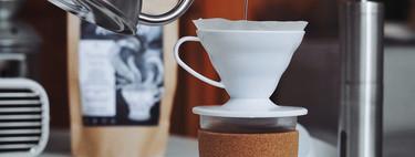 Larga vida al café de filtro, la alternativa sostenible a las cápsulas: las mejores cafeteras manuales para auténticos cafeteros