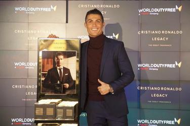 Rumores locos: la no soltería de Cristiano Ronaldo y crisis en casa de los Aniston