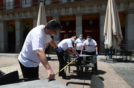 Adiós, fase 1: el lunes podrán abrir todos los bares y restaurantes de España, para grupos de hasta 15 o 20 personas