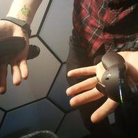 Los nuevos controladores VR de Valve detectarán automáticamente cuando abrimos y cerramos las manos