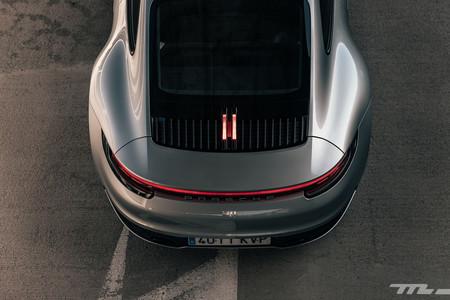 Porsche 911 992 trasera arriba