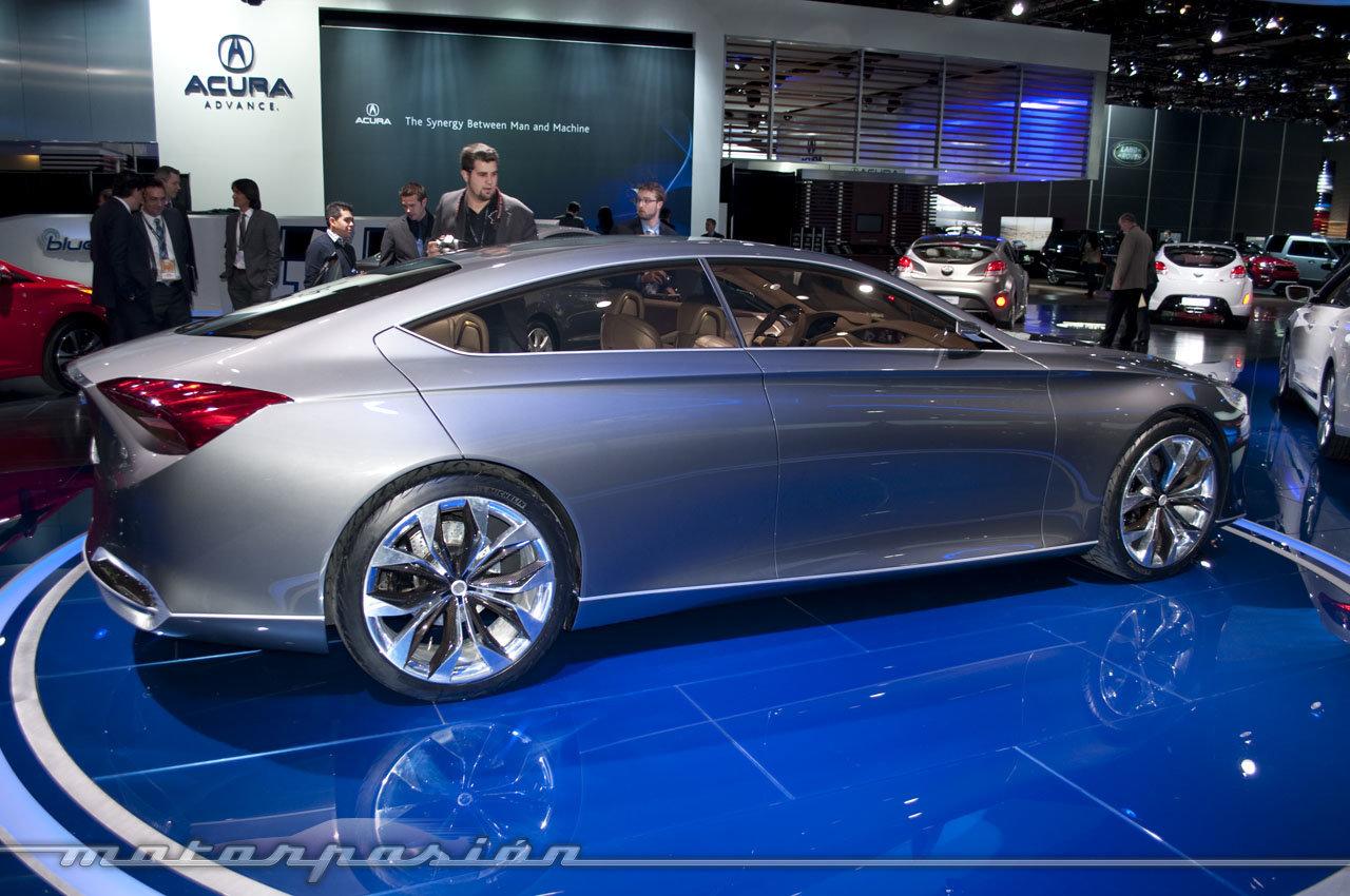 Hyundai HCD-14 Concept en el Salón de Detroit 2013