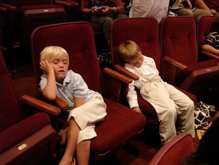 niños-durmiendo