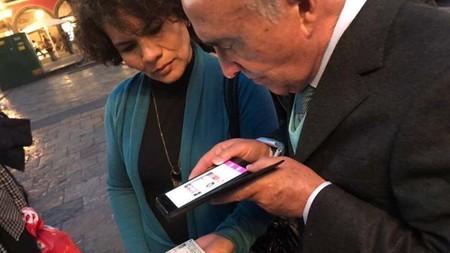 Más polémica con la app del INE para candidatos independientes: alguien trafica con bases de datos con credenciales de elector