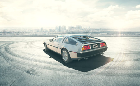 DeLorean DMC-12 02