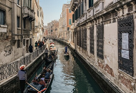 El último recurso de Venecia ante la marabunta de turistas: rastrear sus teléfonos y obligar a reservar
