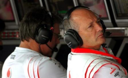Ron Dennis, ¿apartado de McLaren para el Gran Premio de Australia?