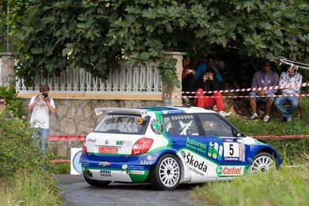 Alberto Hevia vuelve de manera triunfal en el Rally de Ferrol