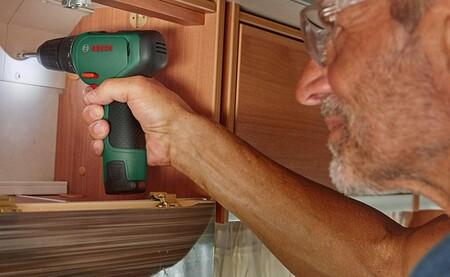 Ofertas del día herramientas y bricolaje: multiherramientas o limpiadoras Dremel y  grapadoras o tijeras de jardín Bosch