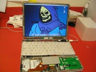 iBook G3 al desnudo
