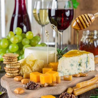 La dieta puede ayudarte contra la migraña: estos son los alimentos que debes evitar en tu mesa diaria