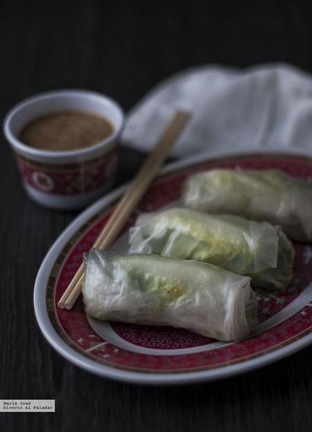 Rollitos vietnamitas fríos con salsa de cacahuetes: receta con y sin Thermomix