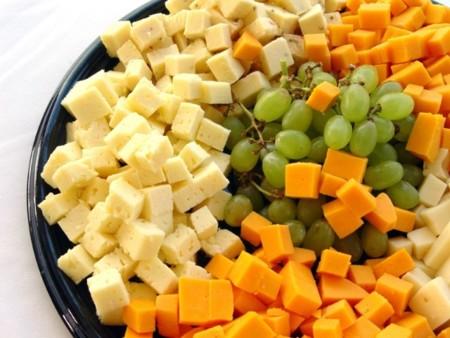 Uvas y quesos