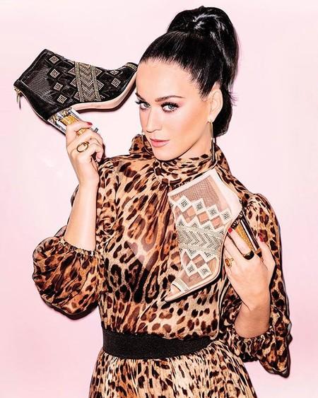 """Katy Perry no se da por vencida en su lucha política: ahora ha bautizado """"Hillary"""" a uno de sus diseños"""