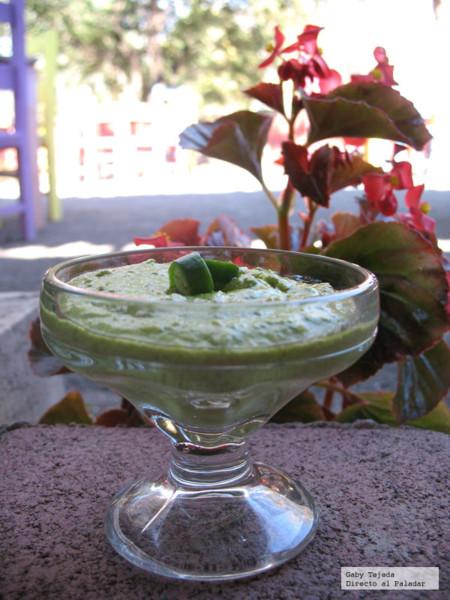 Salsa verde picante y cremosa agtc c m d a