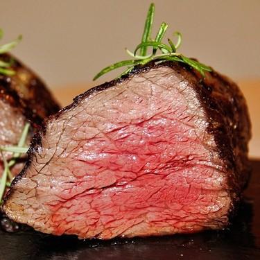 Mito: lo que desprende la carne roja es sangre