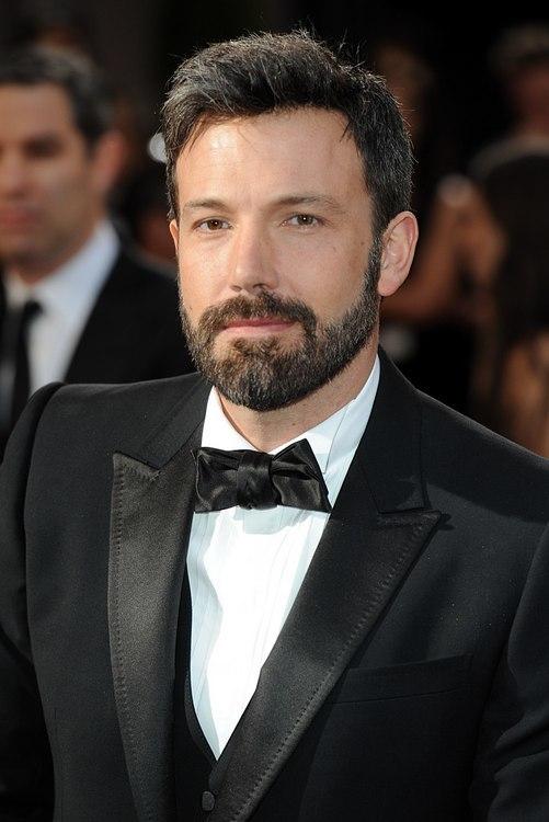 Noche de barbas sobre la alfombra roja de los Oscar 2013