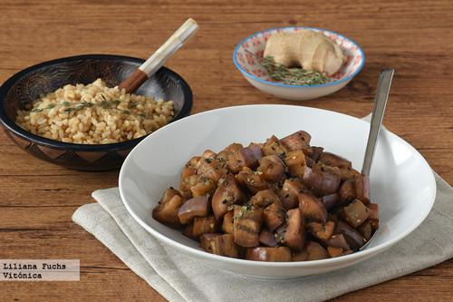 Berenjena al miso con arroz integral. Receta saludable