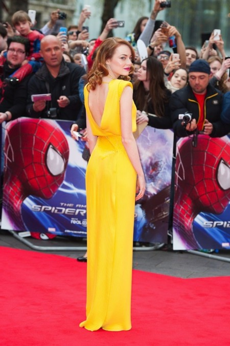 Emma stone amarillo vestido