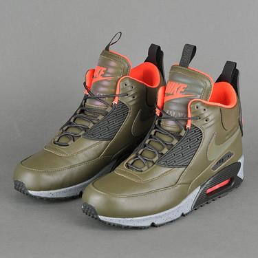 Contra el frío y con estilo: Nike Air Max 90 Sneakerboot para el invierno