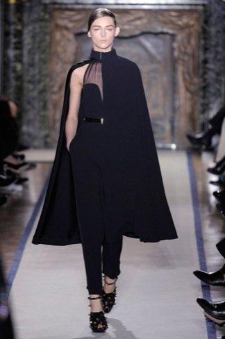 Yves Saint Laurent minimalismo capas