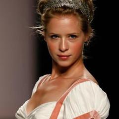 Foto 11 de 18 de la galería tendencia-peinados-novia-2009-monos-altos en Trendencias Belleza