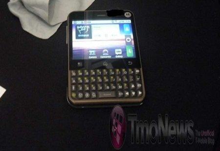 Motorola Charm, primera imagen real y especificaciones
