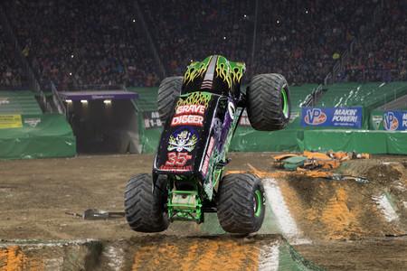 Monster Truck1