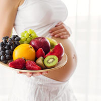 Una buena alimentación comienza en el embarazo: 11 claves de nutrición sana para ti y tu bebé