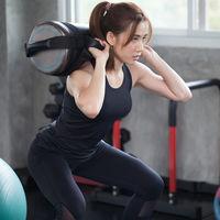 11 ejercicios con sandbag o saco de arena para completar tu entrenamiento