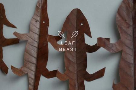 En Otoño lo mejor es jugar con las hojas secas. ¡Creatividad al poder!