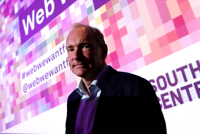 Tim Berners-Lee anuncia Solid, un proyecto open source de Internet descentralizado con buenas intenciones y algo de utopía
