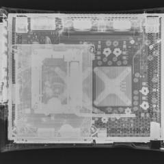 Foto 3 de 24 de la galería consolas-y-pads-vistas-a-traves-de-una-camara-con-rayos-x en Vida Extra
