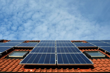Sólo con sus tejados, Europa podría producir un cuarto de su electricidad mediante energía solar