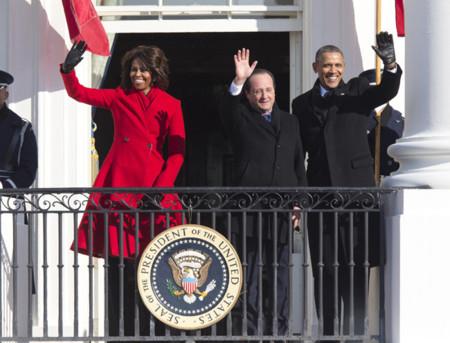 Michelle Obama abrigo rojo