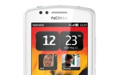 Se filtran las primeras imágenes oficiales del Nokia 700 Zeta